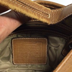 Coach Bags - Coach leather purse